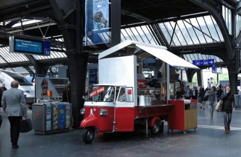 駅のキッチンカー