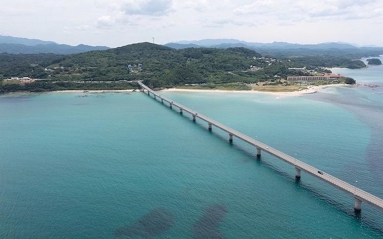 山口県の名所角島大橋